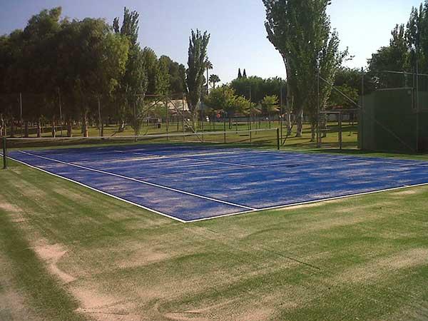 Pista de Tenis hecha por Padelcor